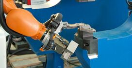 Automated robot cell riveting technology